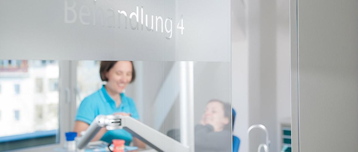 Praxis für Kieferorthopädie - Karlshorst - Kieferorthopaedie 7
